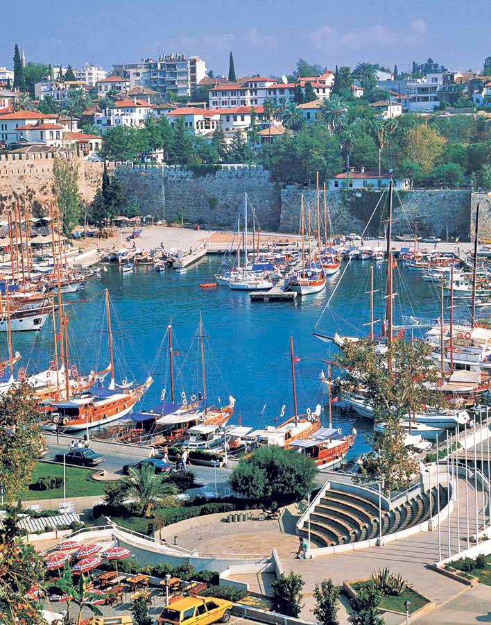 Puerto de Antalya, Turquía