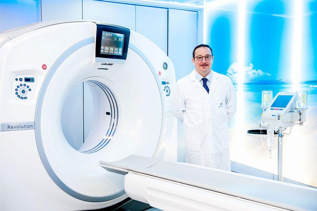 El doctor Salvador Miralbés, jefe de servicio de Radiodiagnóstico del Hospital Quirónsalud Palmaplanas