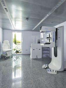 Mamógrafo digital con tomosíntesis de Clínica Rotger